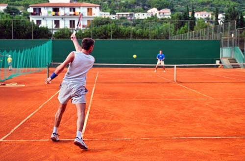 Learning Proper Footwork Development On The Tennis Court: Learn How To Play Tennis Online